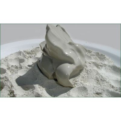 Wholesale / Bulk:  1 Gallon of Hydrated Clay Gel - Calcium Bentonite/Montmorillonite